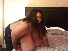 Big Boob Foreigner BBW Cotton Candi Smothers