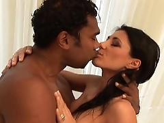 Sofia Cucci &quot_Con tutto l'_amore che posso&quot_ (original movie, director cut))