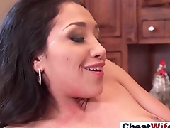 Real Sex Take into consideration Filmed With Hot Sexy Cheating Housewife (vicki chase) vid-30