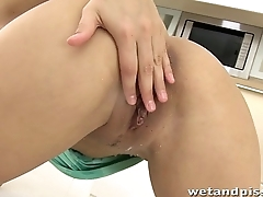 Exclusive hot pissing video from famous Zafira