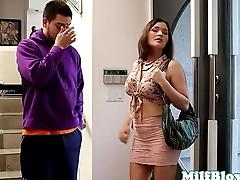 Pornstar Krissy Lynn cocksucking younger dude