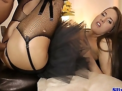 Glamour eurobabe screws old britsh male