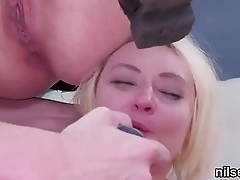 Wacky cutie is brought in anal hole health centre be advantageous to uninhibited treatment