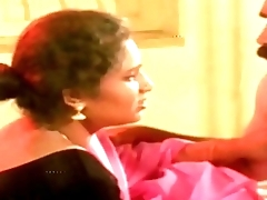 Hot Aunty and Man in Room Chapter  Uma Maheshwari hot glamour scene